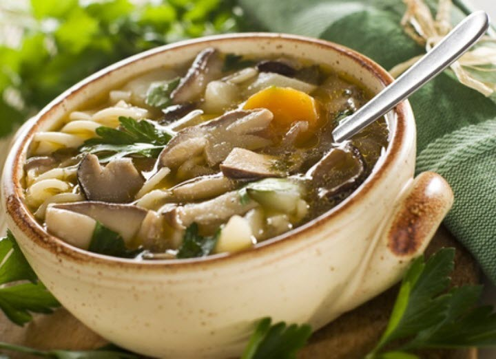Вариант супа с белыми грибами