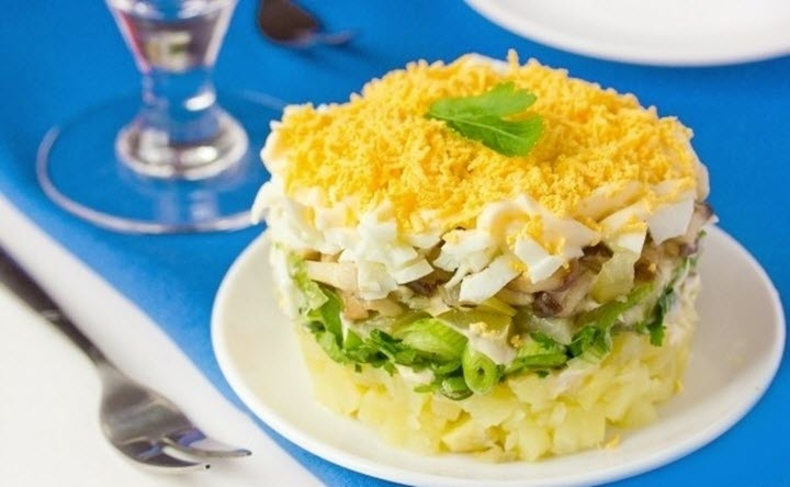 Салат с белыми грибами