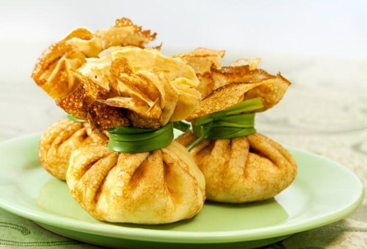 Блинная закуска с курицей и грибами