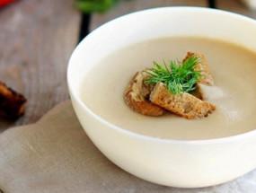 Грибной суп с гренками